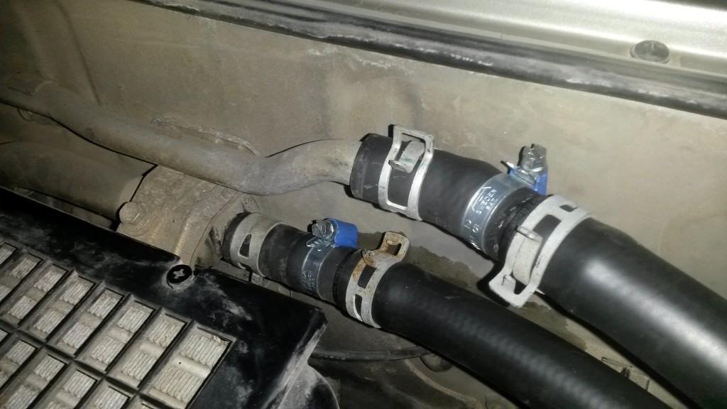 Coolant hose connectors